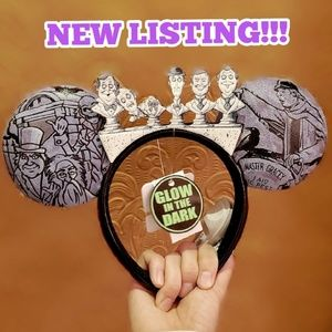 DISNEY PARKS HAUNTED MANSION GLOW IN THE DARK EARS